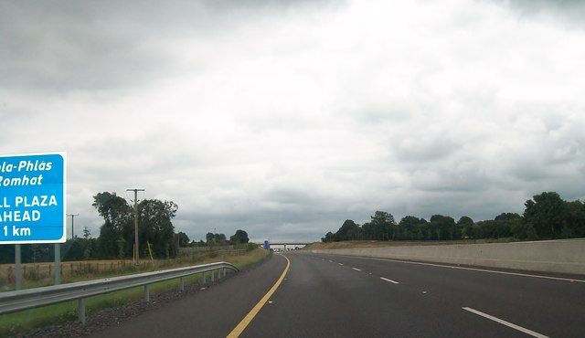 The south-bound lanes of the M3 a kilometre north of the Grange Toll Plaza