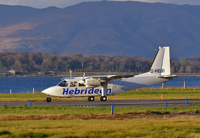 G-HEBI leaving Oban