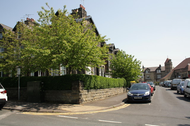 Junction of Franklin Road and Strawberry Dale Terrace