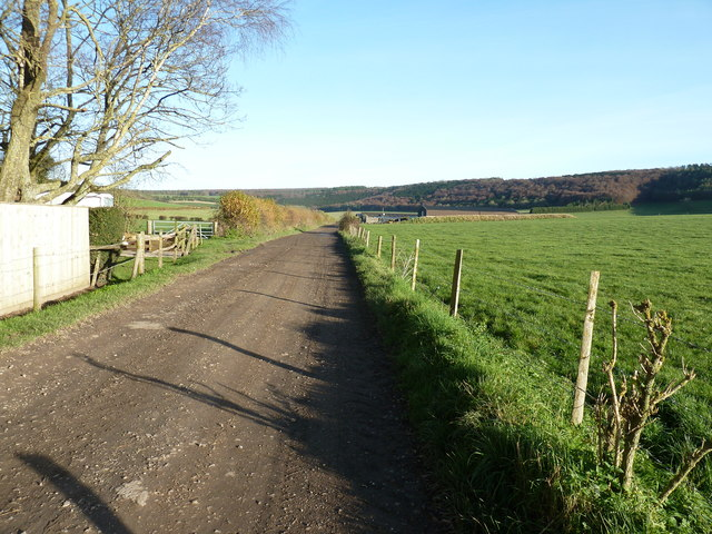 Monarch's Way east out of Stoughton