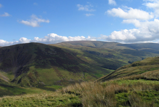 The Devil's Beef Tub and Hart Fell