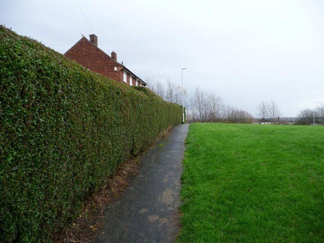 Footpath between Barncroft Road and Barncroft Rise
