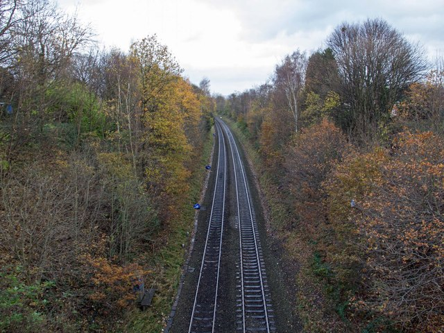Railway line from Woodbridge Road