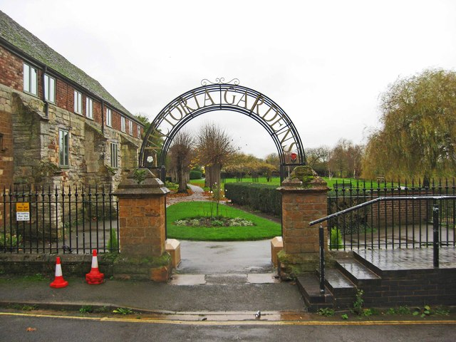 Mill Street entrance to Victoria Gardens, Tewkesbury