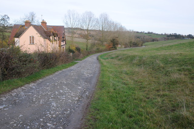 Track past Durstone Cottage