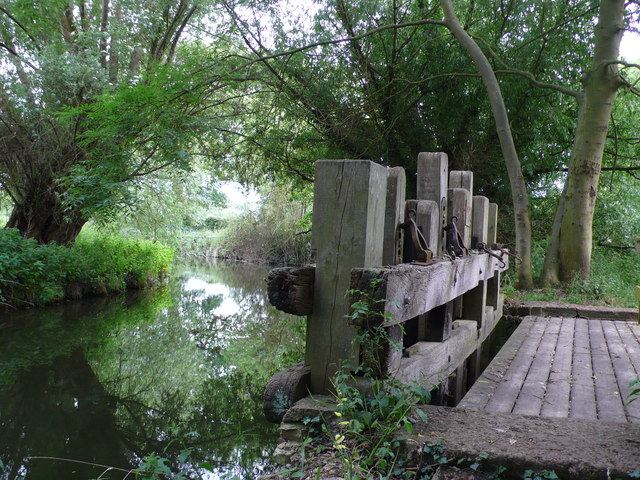 Weir on the Alne