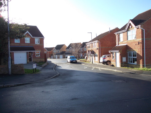 Piperwell close - Hadfield Road