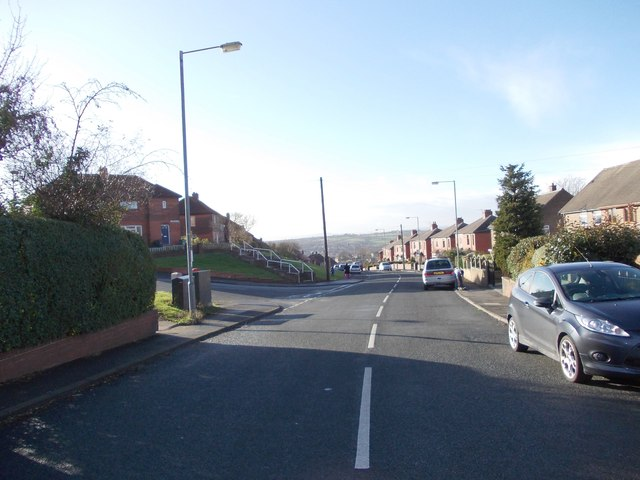 Leeds Old Road - viewed from Scott Avenue