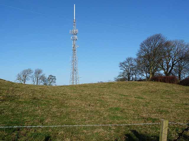 Newton transmitter mast