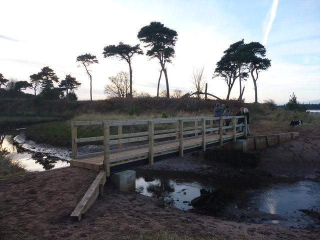Coastal East Lothian : The New (2012) Footbridge Over The Hedderwick Burn