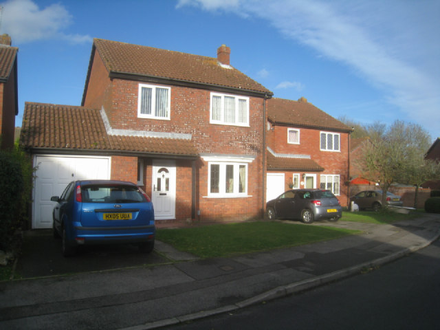 Houses in Lennon Way