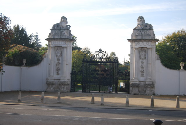 Hampton Court Lion Gates