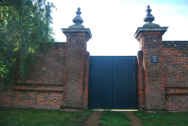 Tennis Court Gate