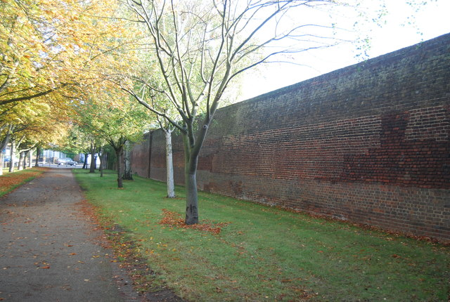 Wall, Hampton Court Palace
