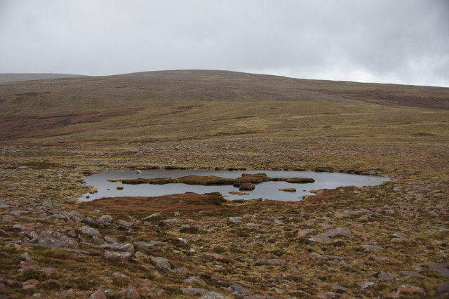 Lochan at Uyea Scord, Collafirth Hill