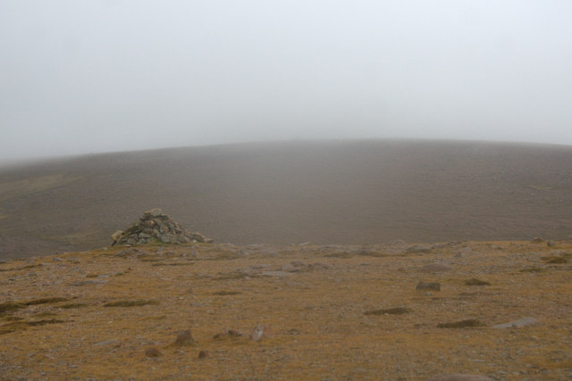 Summit cairn on Mid Field