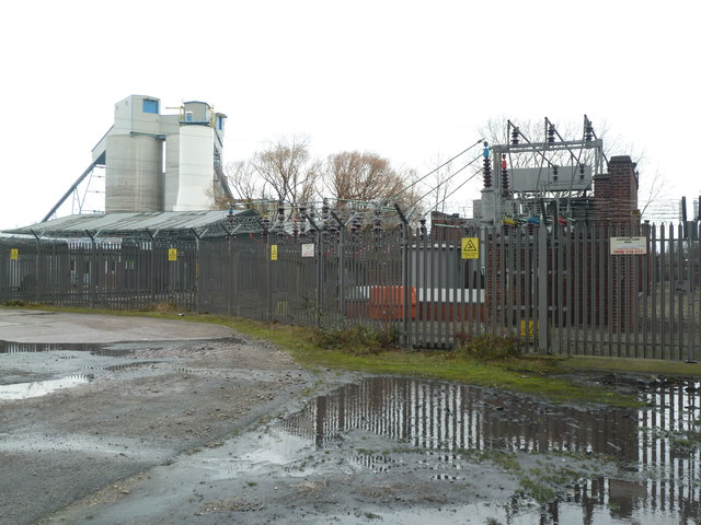 Kirkhaw Lane substation and limestone bunker