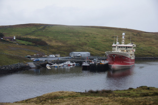 MV Altaire at Voe of the Brig, Collafirth