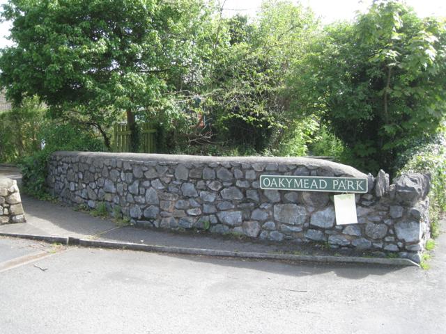 Bridge parapet, Oakymead Park