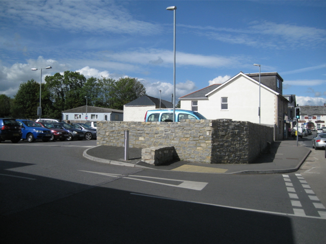 Entrance to car park, Lidl store, Newton Road