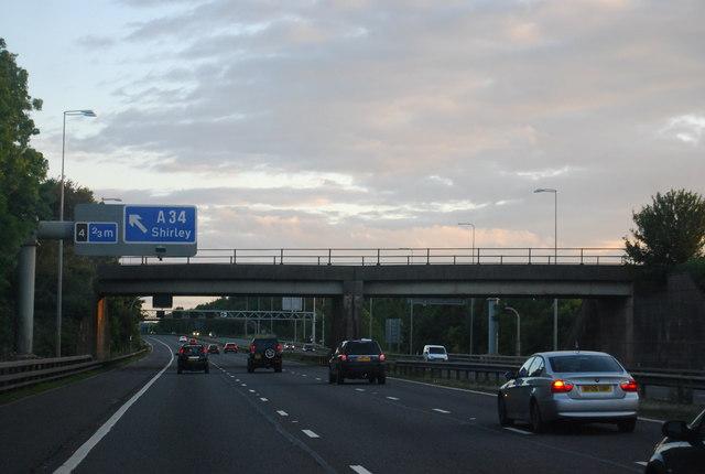 Railway bridge over the M42