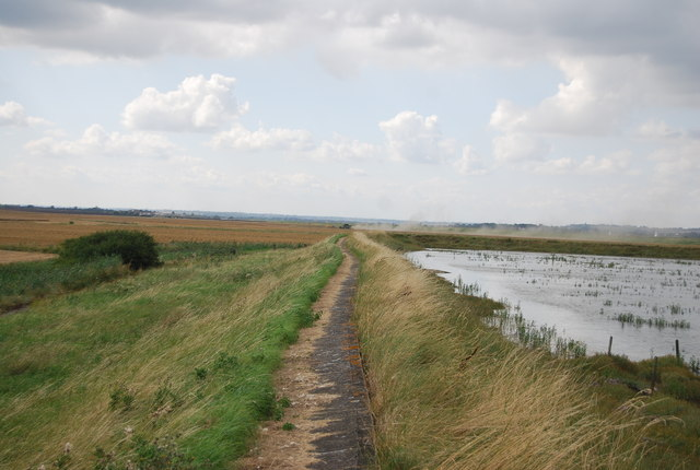 Footpath along the River Crouch