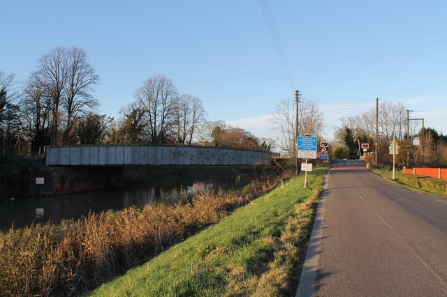 Willoughby Road and Railway Bridge