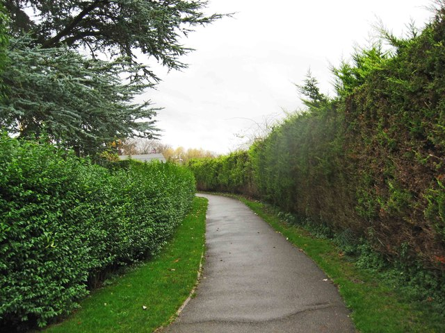 Footpath from Victoria Gardens to Gloucester Road Car Park, Tewkesbury