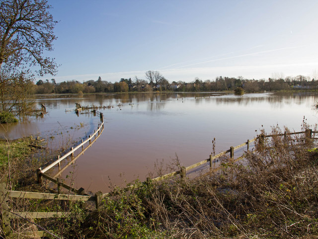 Flooded fields north of Barford