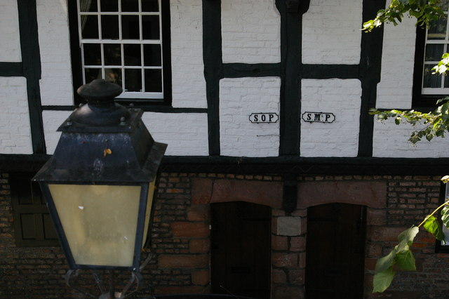 Chester: parish boundary signs on Park St, from the walls