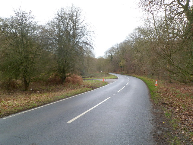 Southern junction of Parkend Road and Parkend Walk, Coalway