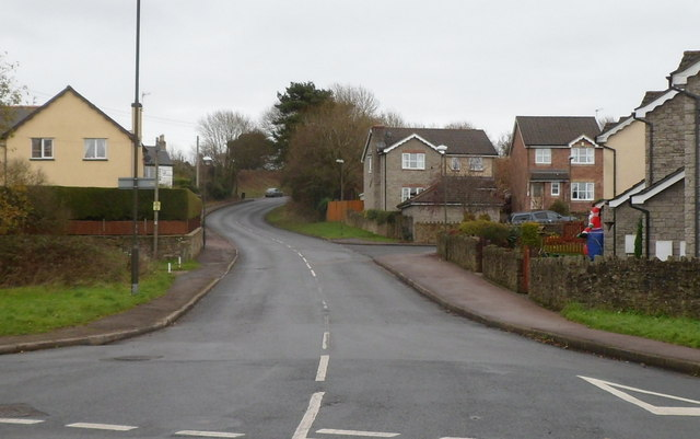 Road from Coleford to Broadwell