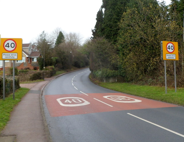 Road from Coleford to Mile End