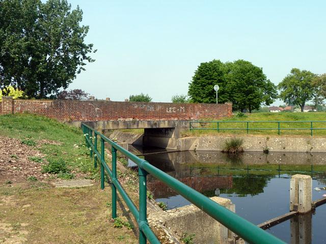 Bridge in Mayesbrook Park