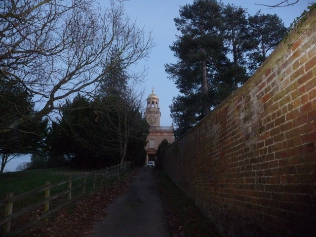 Approach to Witley church