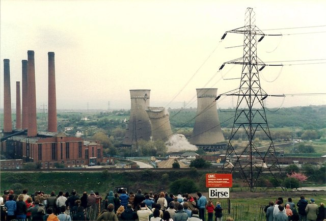 Demolition of Kearsley Cooling Towers - May 1985