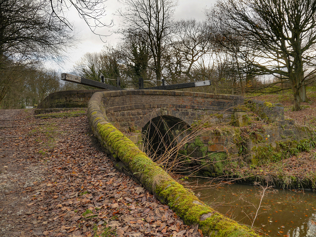 Peak Forest Canal, Bridge at Lock #3