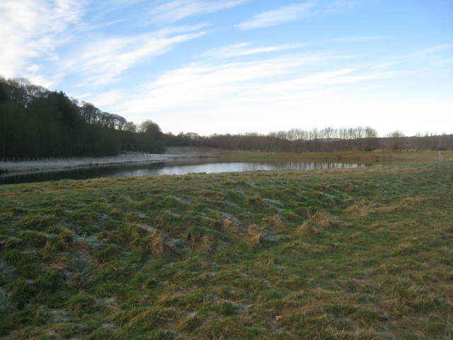 Former gravel pits by the Tyne