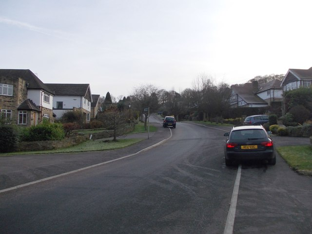 Creskeld Drive - viewed from Hall Rise