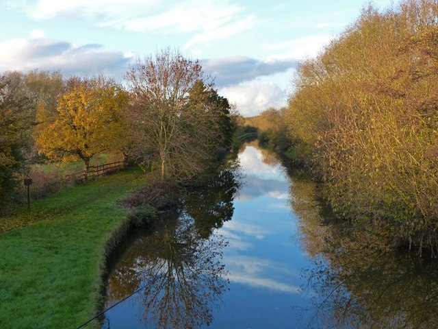 Grand Union Canal at the Watermead Country Park