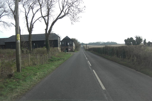 Belmore Lane passes Bottom Pond Farm