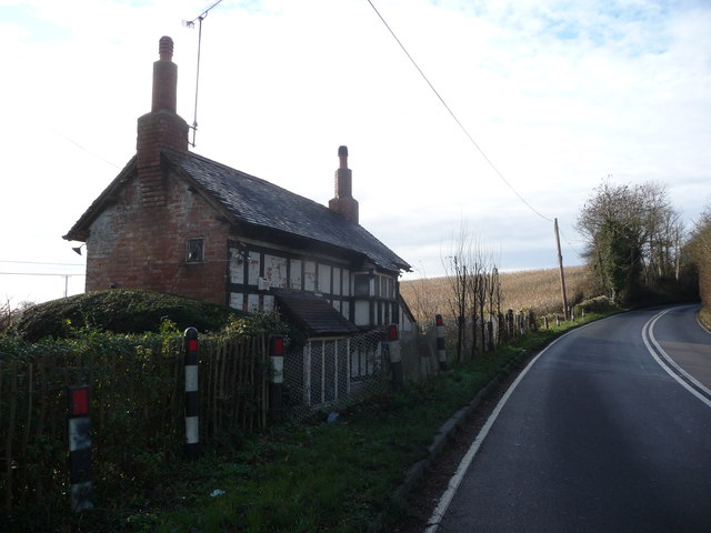 Roadside cottage on Baughton Hill, Worcs