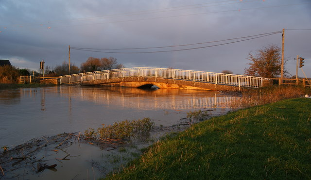 Long Load bridge during the floods