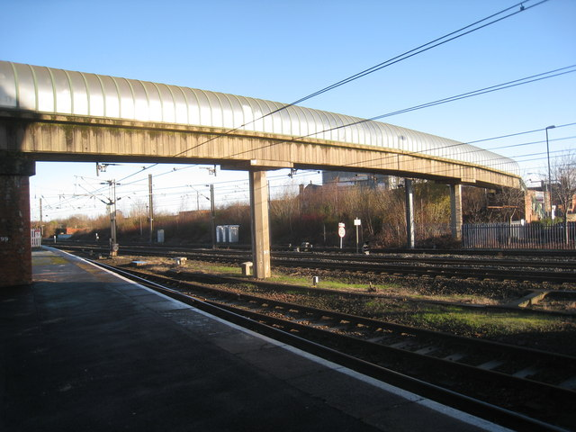 Footbridge at the north end of Bank Top Station, Darlington