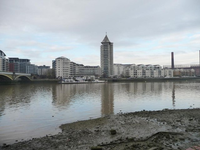 The Thames at Battersea Reach