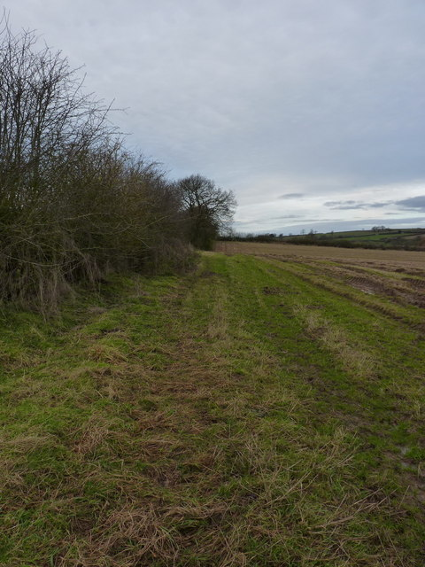 A field-edge path to Upton Cressett