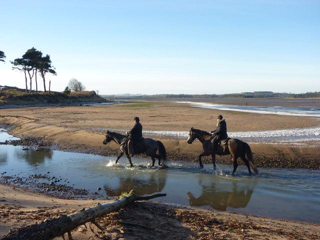Coastal East Lothian : Heading Upstream