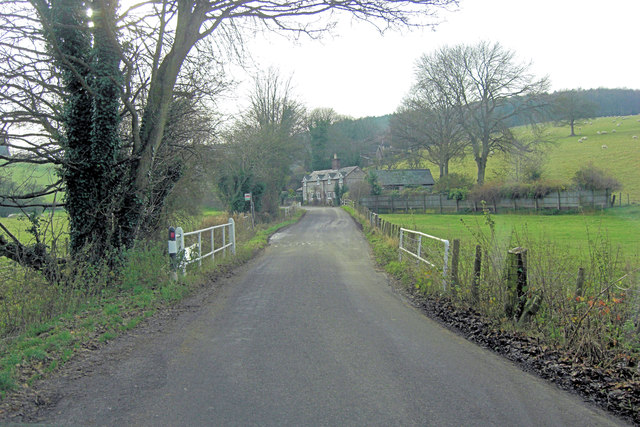 Unnamed lane crosses River Meon at Drayton