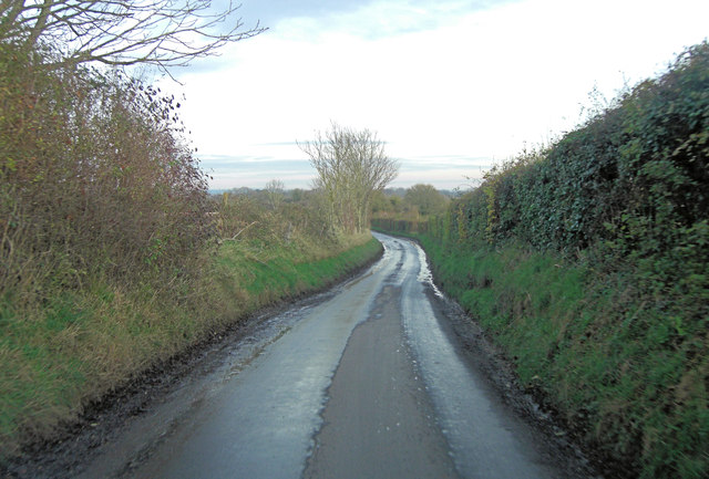 Unnamed lane northeast of Leythe House Farm