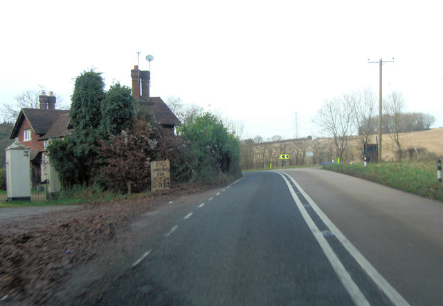 A272 passes entrance to Bordean House